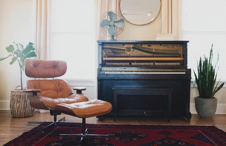 Pianist's room