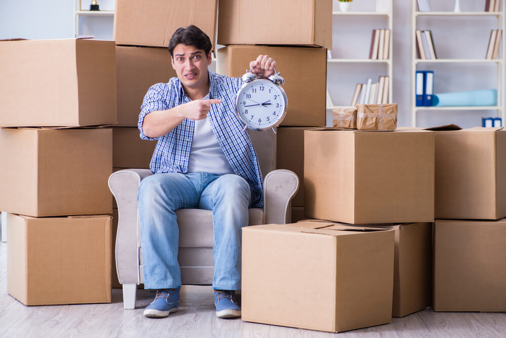 A man regrets not booking some moving services in Philadelphia