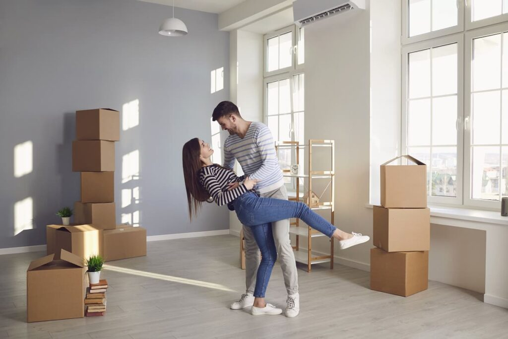 A couple happy that they hired Philadelphia movers